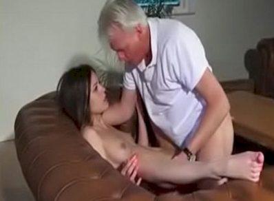 Dando para o pai do ex
